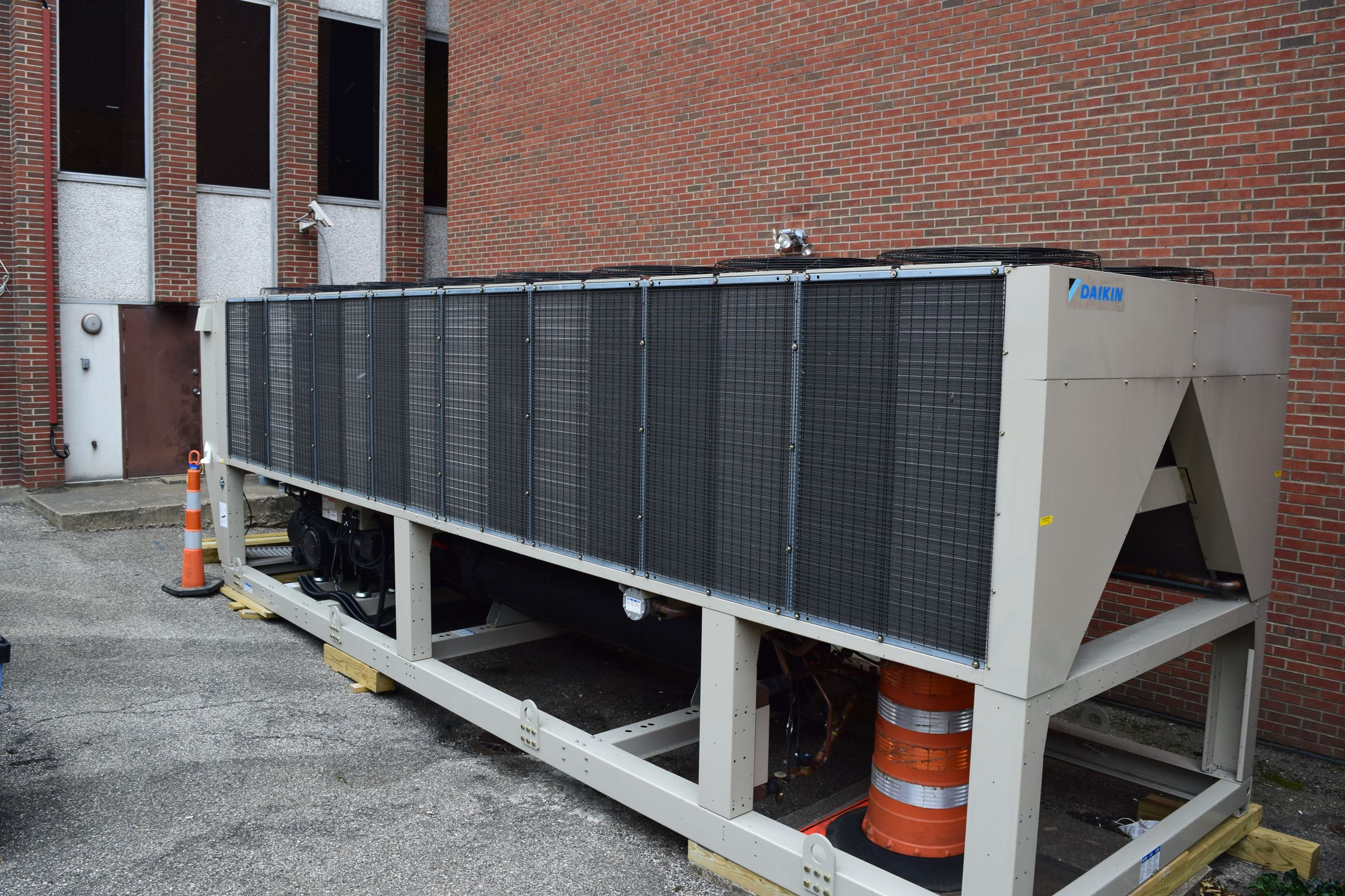 Temporary chiller outside of 303 Court Street